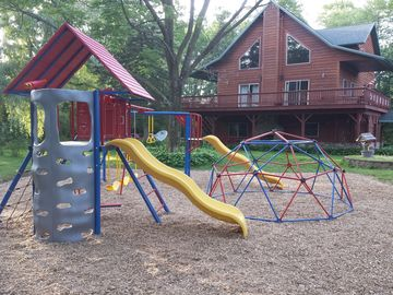 Wisconsin Dells lodge rental - Play area and playset