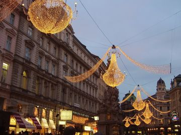 Christmas lighting on Graben