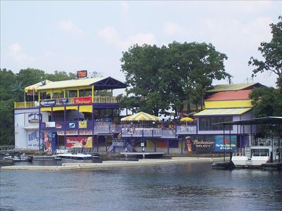 Dine at one of the many waterfront restaurants. Go by boat or by car.
