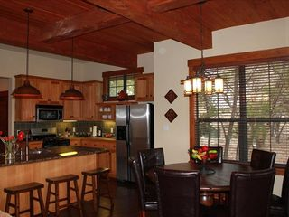 Jonestown cottage photo - Kitchen & Dining