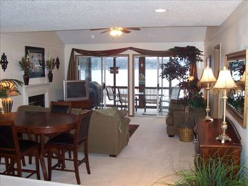 3 BR Condo.....Relaxing living area with cozy fireplace & great view! VRBO#52822