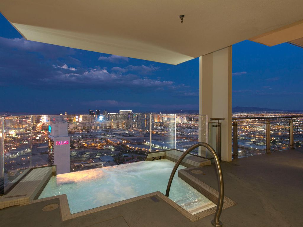 Palms Place Penthouse 57th Floor Fight Vrbo