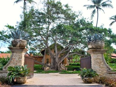 Entrance to Botanical Spa at Dorado Beach Ritz Carlton Reserve
