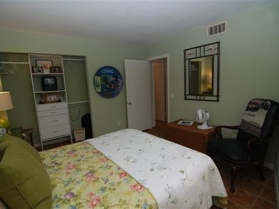Guest bedroom, Queen bed, cozy and private with full bath.