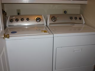 Lincoln house photo - Laundry room (full size washer & dryer)