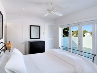 Key West villa photo - Penthouse bedroom #2