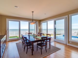 Grand Beach house photo - Dining Room