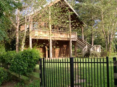 Vacation home lodge/retreat, University,Horses, Lake Tuscaloosa on property