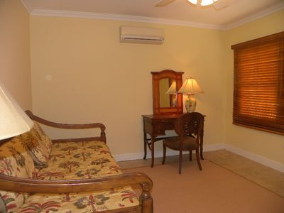 Aruba villa rental - Study/Additional Bedroom with two twin beds