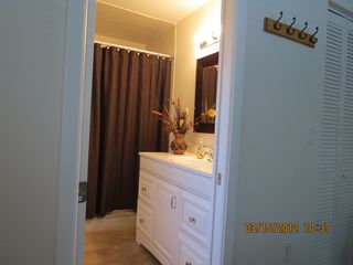 Englewood house photo - Hollywood ensuite