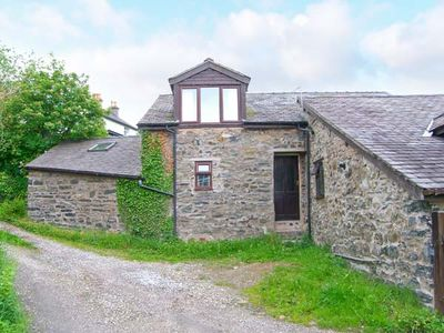 DOVETAIL COTTAGE, country holiday cottage in Llangollen, Ref 912854