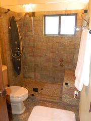 Lake Arrowhead cabin photo - 3rd master bathroom (3rd flr)