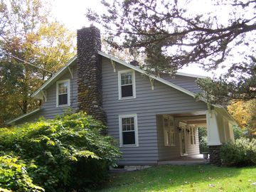 Rosendale FARMHOUSE Rental Picture