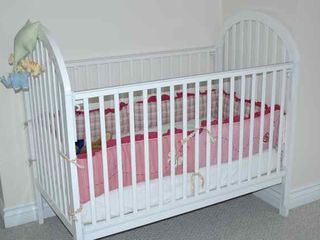Waterbury Center villa photo - Keep your infant safe and well rested in this BABY CRIB.