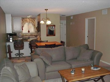 Greers Ferry Lake condo rental - Living Room and Kitchen
