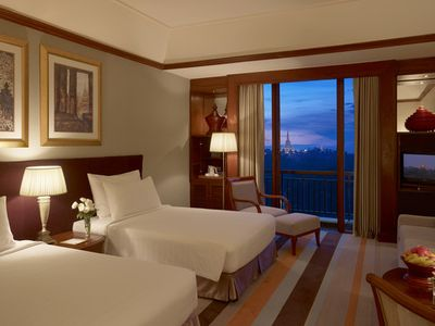Deluxe Room, Lake / Pagoda View