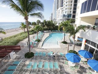 Sunny Isle condo photo - Pool Area