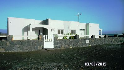 Luxury villa of 250m2 for 6/8 people with housemaid