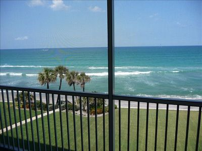 Ocean View from balcony - see kitesurfing, sea turtle tracks and cool breeze