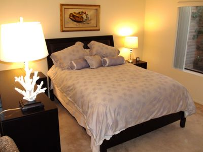 Tucson townhome rental - Luxurious Queen Bedroom