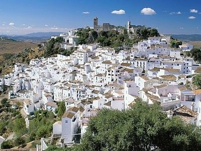 Picturesque Casares - Only 25 minutes away