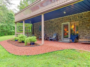 Rutherfordton apartment rental - Welcome to The River Escape