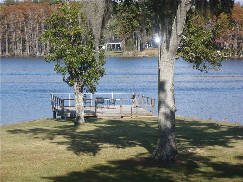 Waterfront Mobile Al Executive Home On Vrbo
