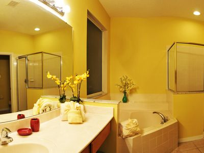 Master Bathroom - Sweet Home Vacation