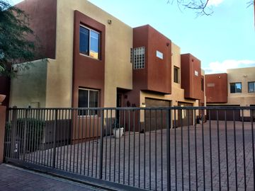 Downtown Scottsdale townhome rental - Exterior