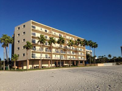 The  Beachcomber Condo Your vacation right on the Beach!