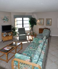 Fort Myers Beach condo photo - ..