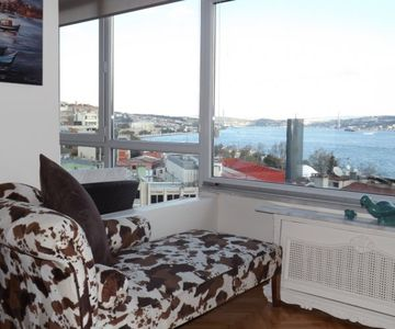 Central Apartment with Bosphorus View 2