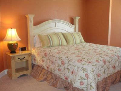 Guest Bedroom with King Size Bed & Private Bathroom