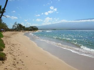 5 Mile Crescent shaped beach from Maalaea to Kihei