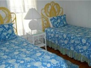 Rehoboth Beach cottage photo - Guest Bedroom - 2 Twin Beds