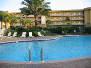 3000sf Pool and Hot Tub - Beach Retreat Condos condo vacation rental photo