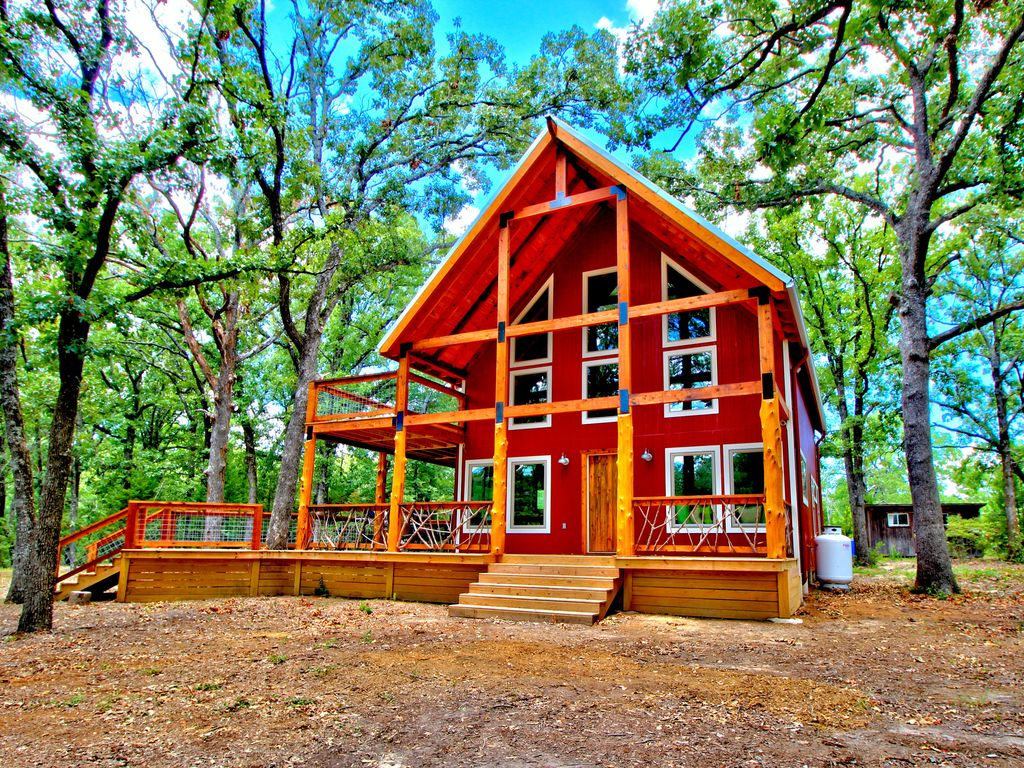 Amazing New Cabin On 130 Acres At Lake Vrbo