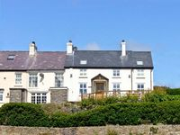HEN GRAIG, pet friendly, luxury holiday cottage in Bull Bay, Ref 8696
