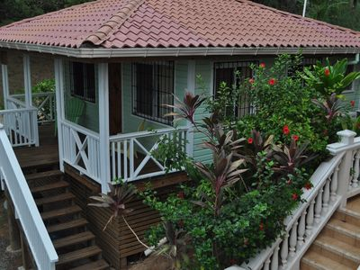 Bungalow in the Jungalow - yet a short stroll to the beach!