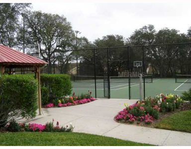 Emerald Island Resort -Tennis Court & Basketball Hoops