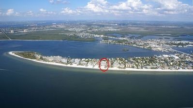 Gateway Villas located right on the GULF OF MEXICO!!! White powder sandy beach