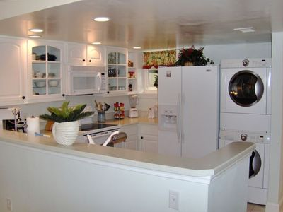 Kitchen - Fully equiped and furnished. Even insulated mugs for the pool or beach