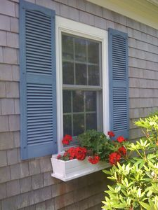 Chatham house rental - Flowers in all window boxes during season