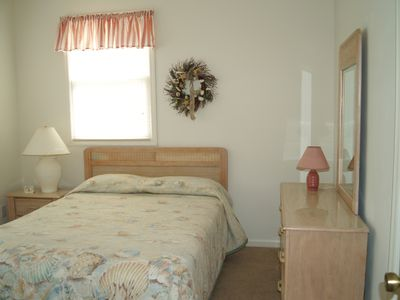 Holden Beach house rental - Queen Bedroom