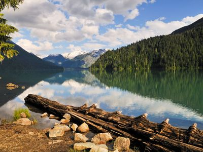 Cheakamus Lake in Garibaldi Provincial Park in Whistler, British Columbia