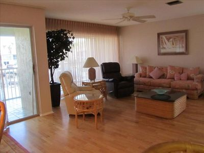 Living Room - Sofa, Leather Recliner & Swivel Rocker/Recliner -Sliders to Lanai.