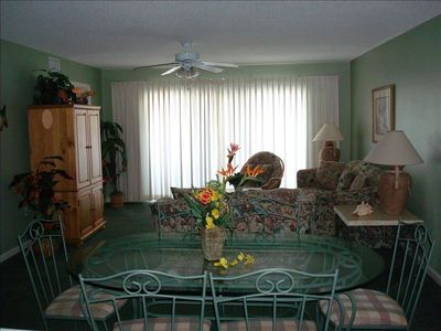 Upscale Furnishings only- 3 flat screens/dvd//wifi free beach/gulf view