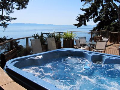 A hot tub in a great location!