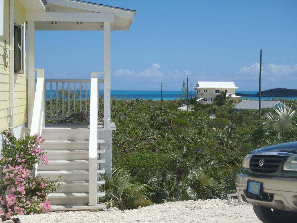Exuma holiday cottage beach vacation rental in exuma the for Beach houses for rent in bahamas