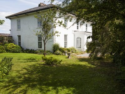 Large Family Friendly Georgian home with wifi